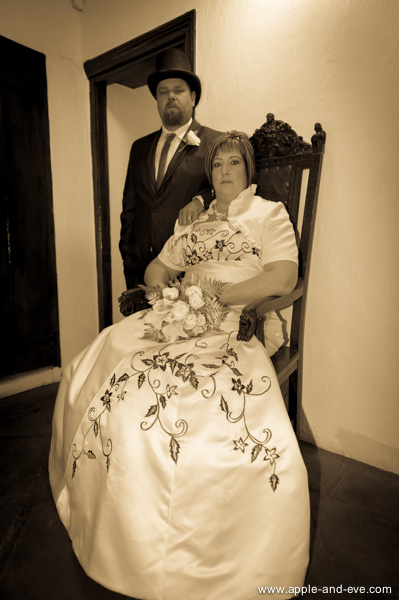 A formal, staunch-looking portrait is part of the vintage look. Our couple played along with enthusiasm :-)