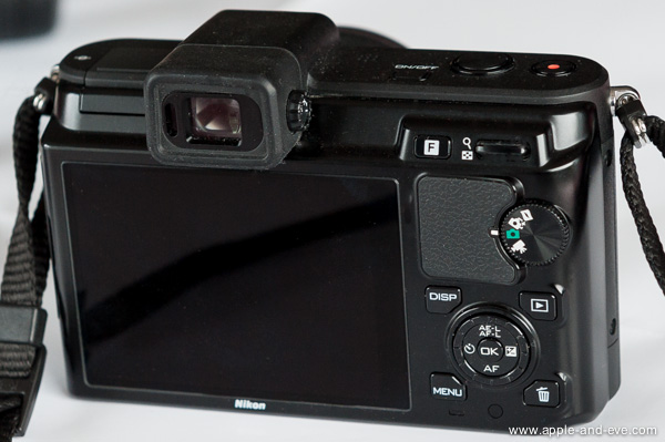 The excellent electronic viewfinder sits above the LCD screen. Either can be used for framing a shot and for image review.