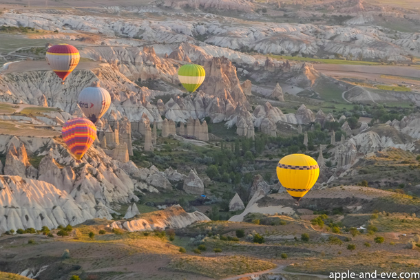The strangeness of the land is clearly visible from the air and offers a unique overview of Cappadocia.