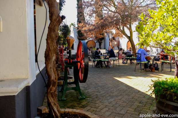 Jovial atmosphere at Simonsig, a well-known wine farm in the Stellenbosch area.